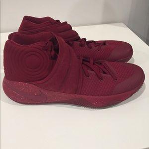 Nike Kyrie 2 Size 13